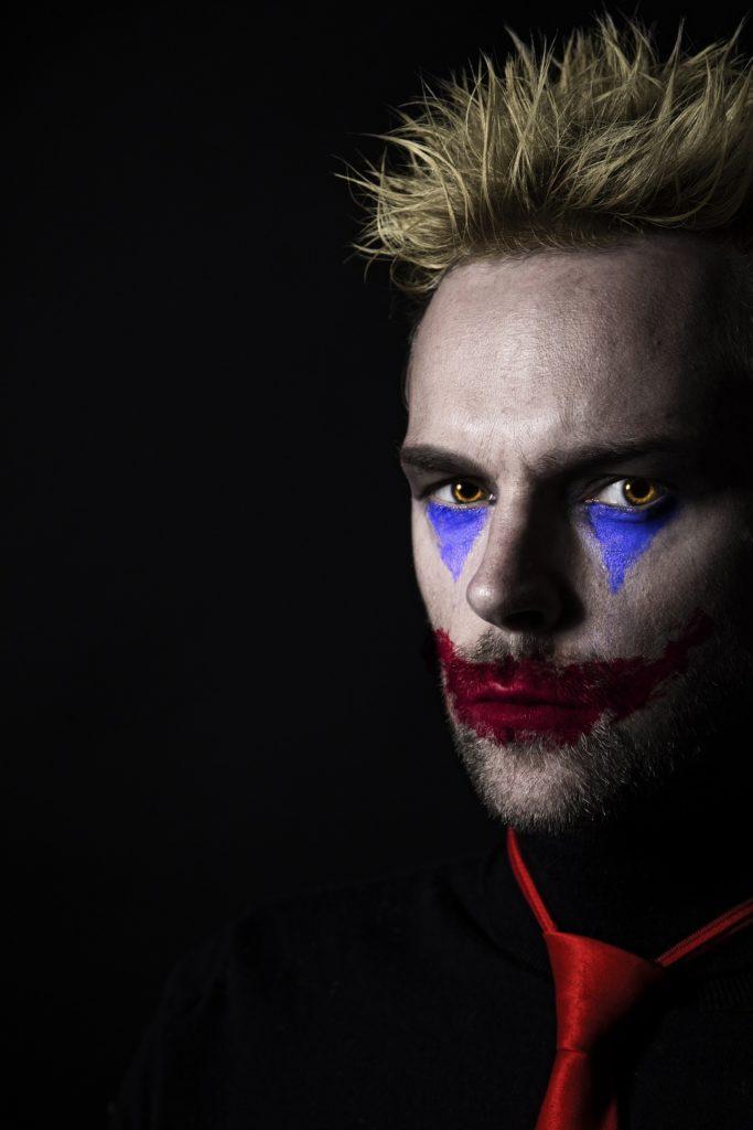 Halloween costumes: Joker