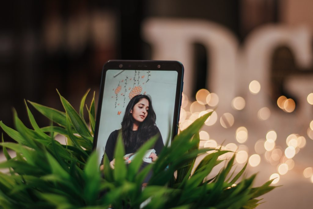phone being used during online dating video call