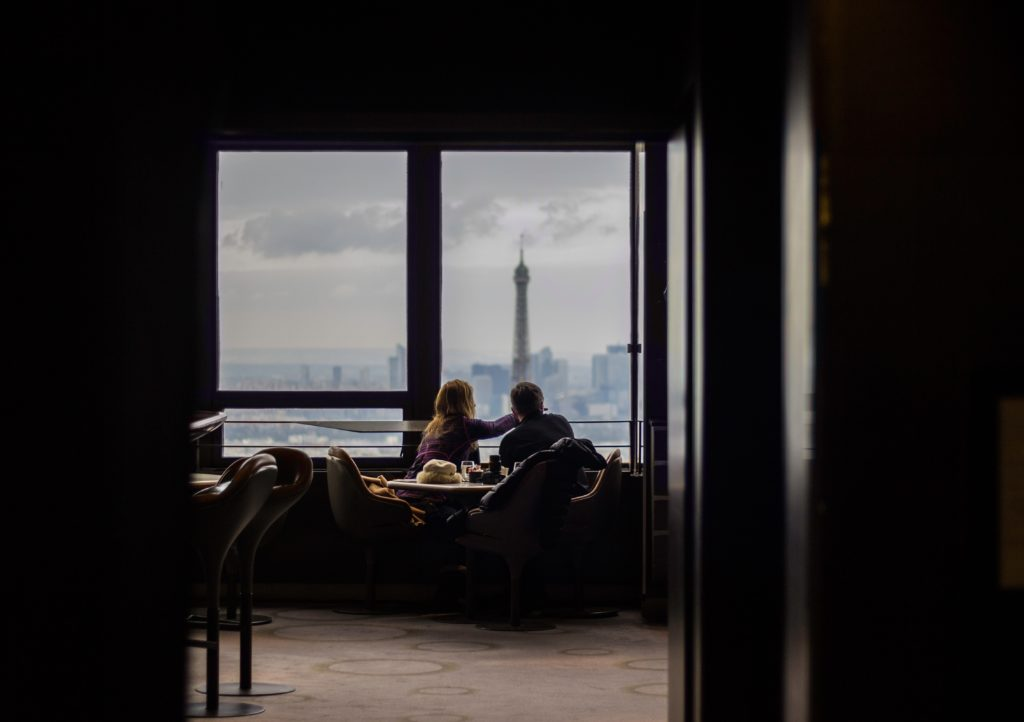 boomers on date in Paris