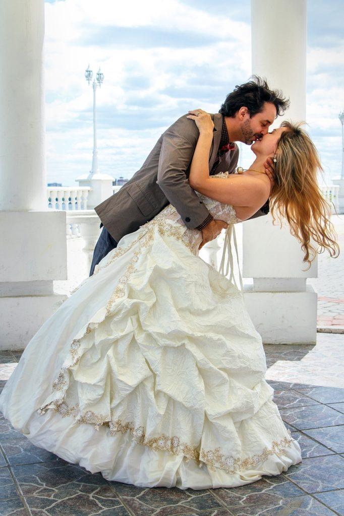 hypergamy couple at their wedding