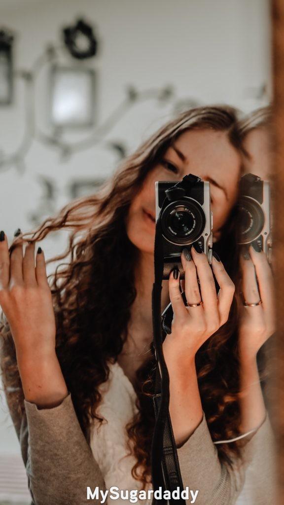 mirror selfies example of good mirror selfie